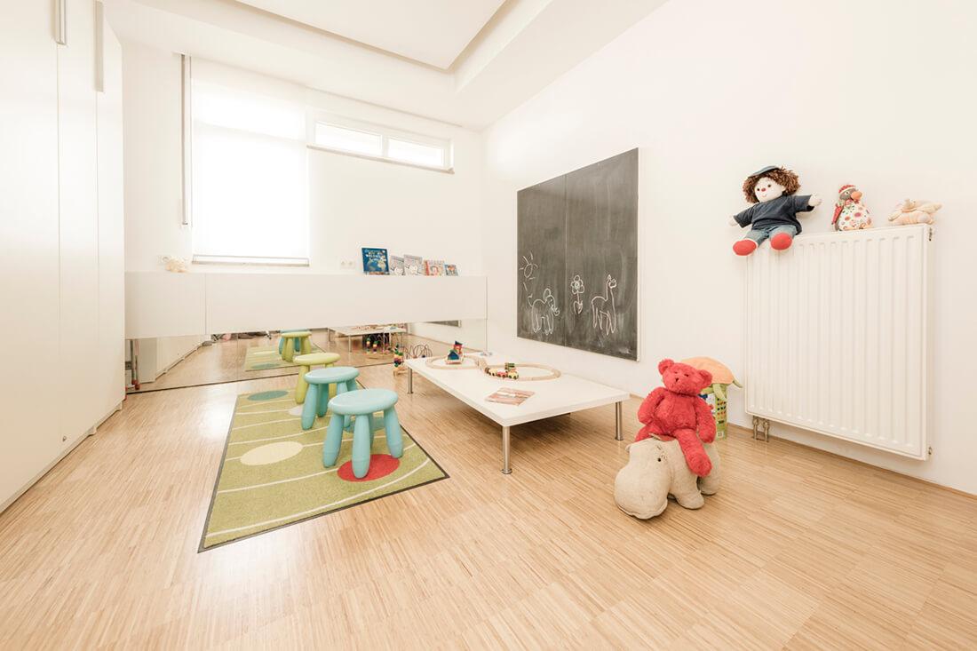 Zahnarzt Willich - Praxis Dr. Sandra Bewersdorf - Wartezimmer Kinder