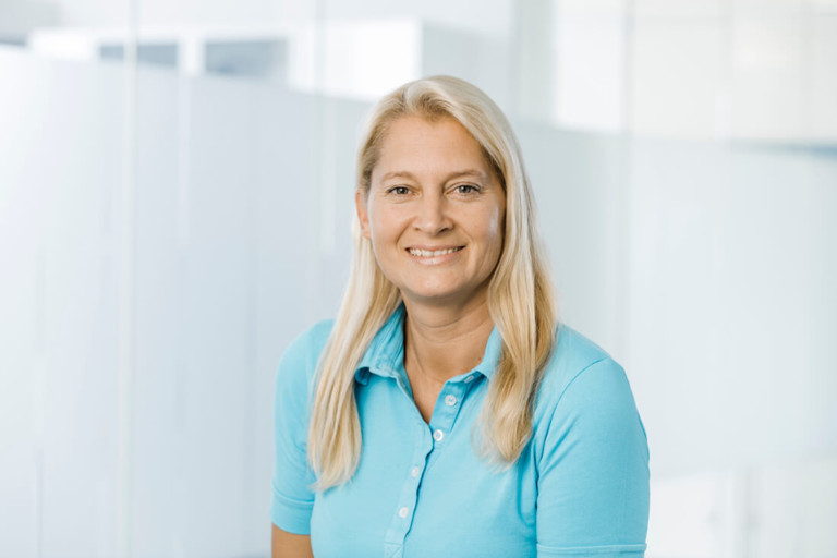 Zahnarzt Willich - Zahnärztin Willich - Team - Portrait von Dr. Sandra Bewersdorf